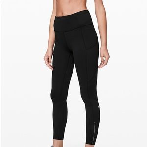 "Lululemon Fast And Free II 25"" Nulux Size 2"